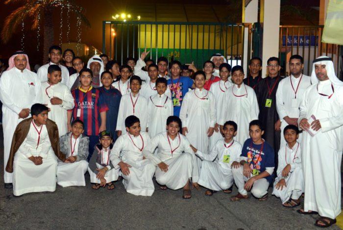 صورة جماعية للطلاب المشاركين في زيارة اثراء المعرفة